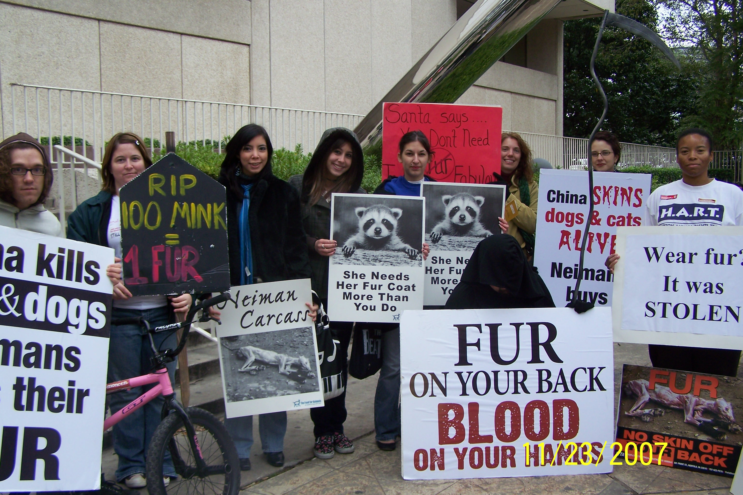 the animal rights protests against the fur trade The top 11 animal rights issues  most dog and cat guardians even refer to them as their fur children  here's a list of the top arguments against animal rights.